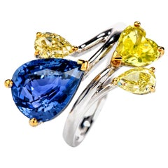 Burma Sapphire Natural No Heat and GIA Yellow Diamond 18 Karat Gold Ring