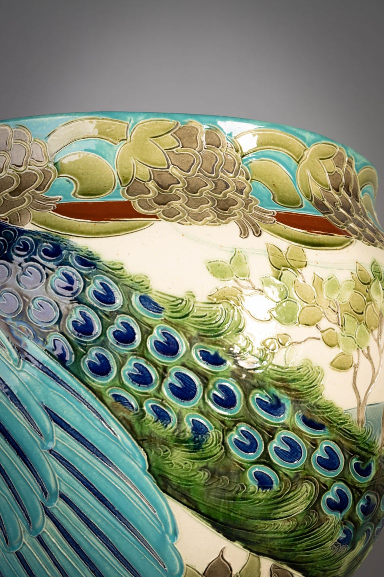Early 20th Century Burmantofts Faience Large Jardinière and Stand, circa 1900