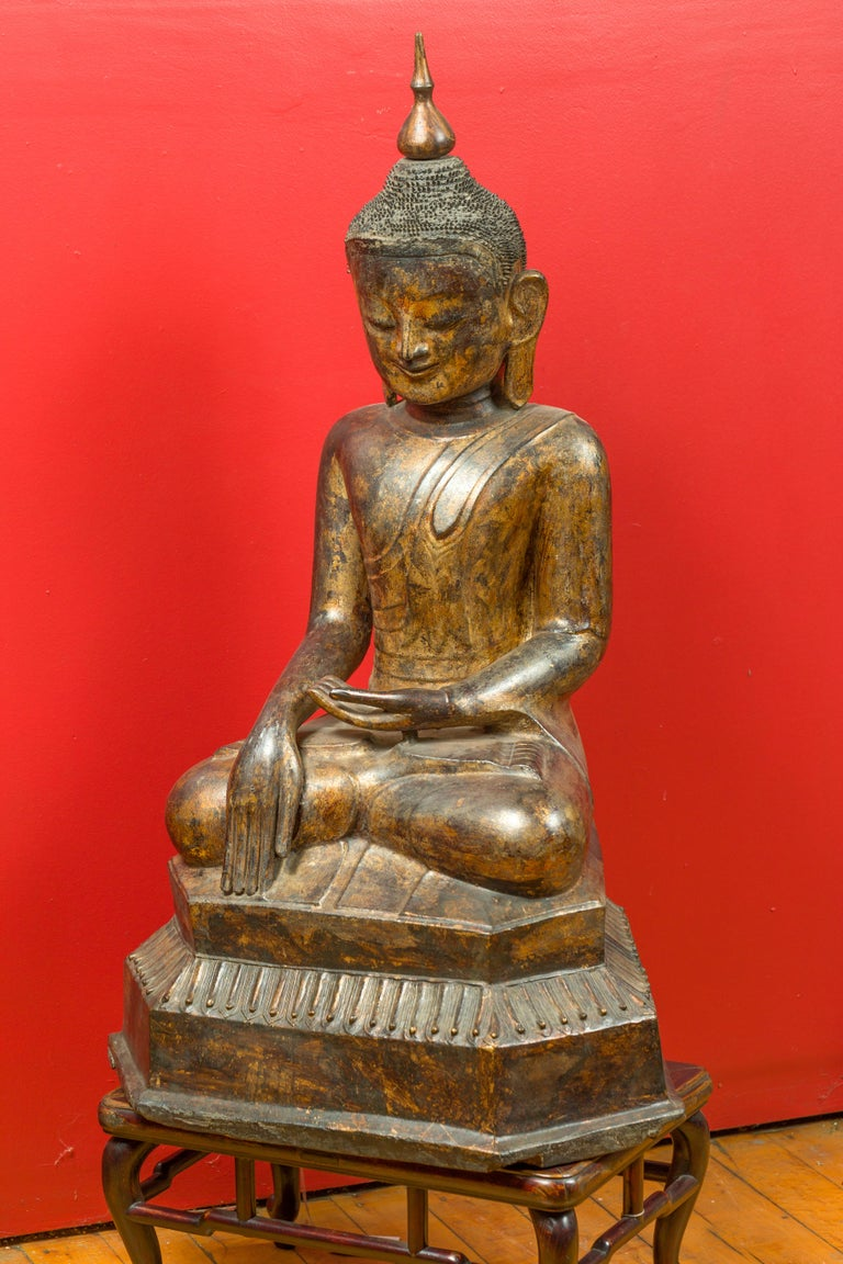 Burmese 17th Century Dry Lacquered and Gilt Buddha Calling the Earth to Witness For Sale 8