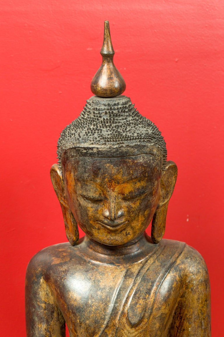 Burmese 17th Century Dry Lacquered and Gilt Buddha Calling the Earth to Witness For Sale 9