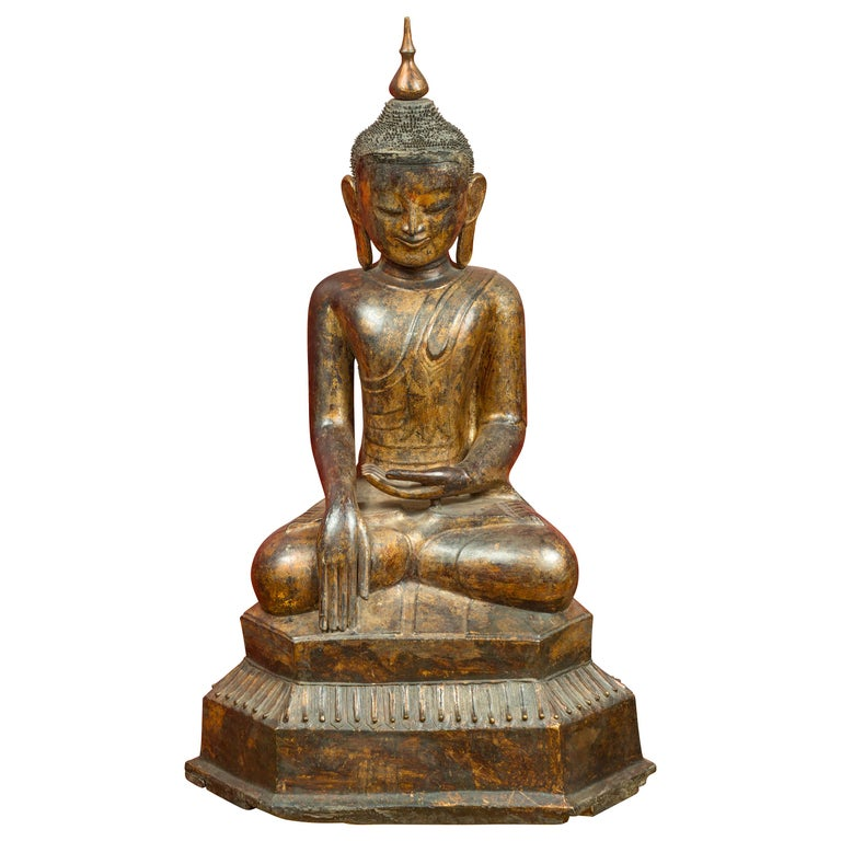 Burmese 17th Century Dry Lacquered and Gilt Buddha Calling the Earth to Witness For Sale