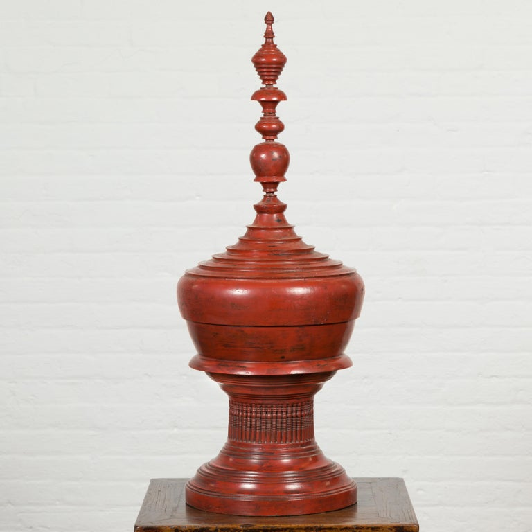 Burmese 19th Century Cinnabar Palembang Lacquer Lidded Temple Offering Bowl For Sale 5