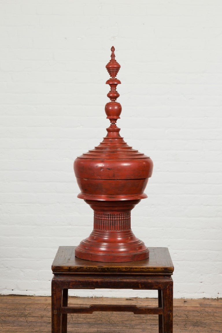 Burmese 19th Century Cinnabar Palembang Lacquer Lidded Temple Offering Bowl In Good Condition For Sale In Yonkers, NY