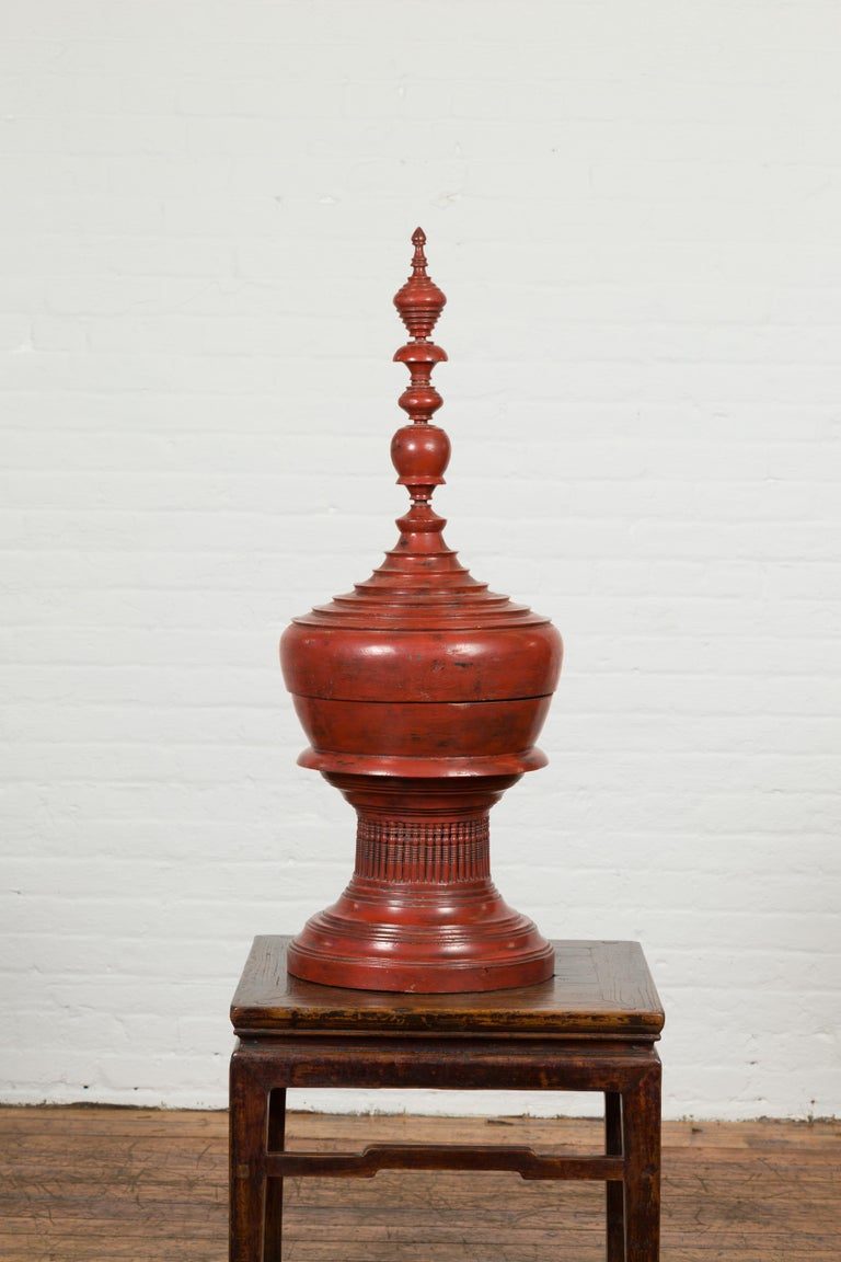 Burmese 19th Century Cinnabar Palembang Lacquer Lidded Temple Offering Bowl For Sale 4