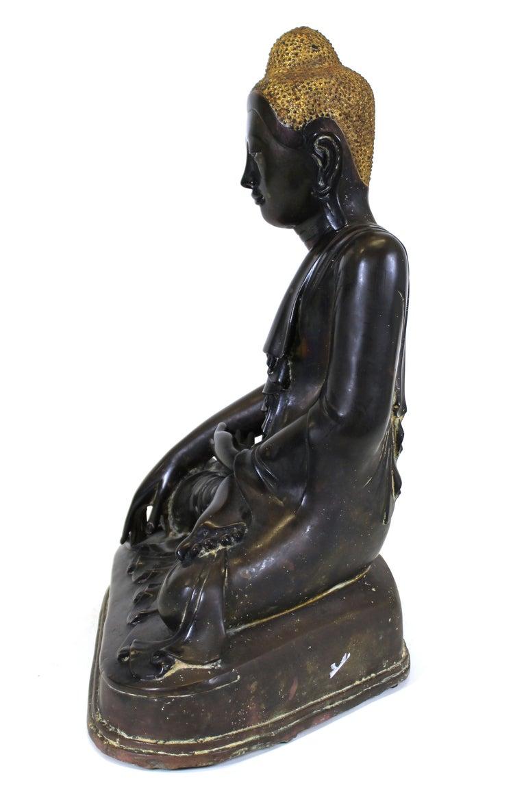 Burmese Bronze Buddha Sculpture For Sale 7