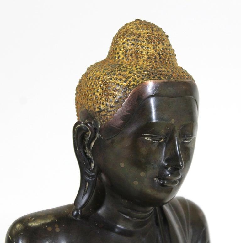 Burmese Bronze Buddha Sculpture For Sale 1