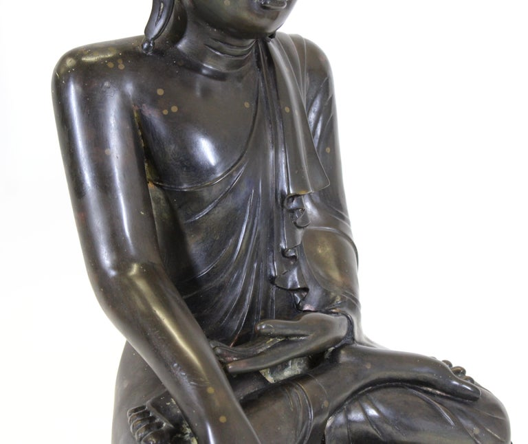 Burmese Bronze Buddha Sculpture For Sale 2