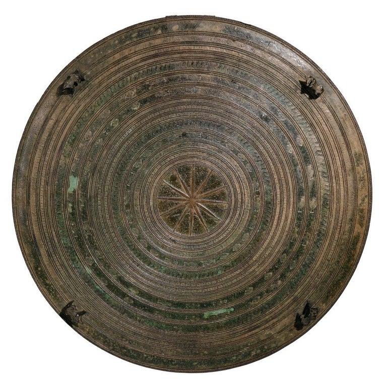 Burmese Karen Bronze Frog Drum In Good Condition For Sale In New York, NY