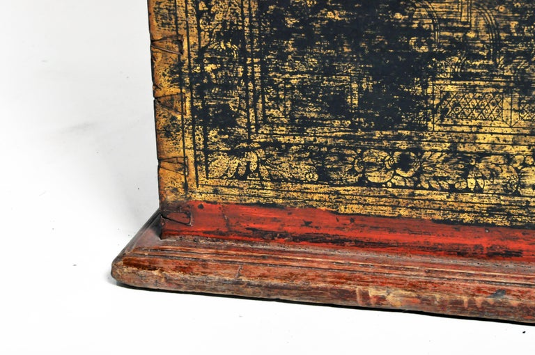 Burmese Manuscript Chest with Red Cinnabar Lacquer and Gold Leaf For Sale 11