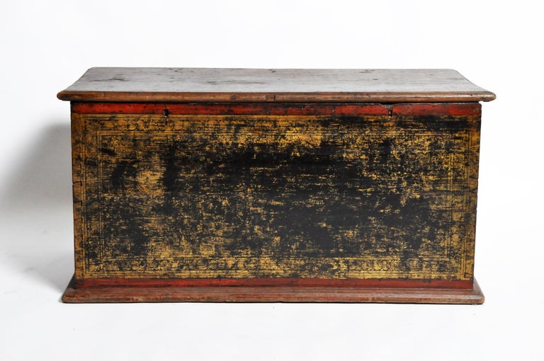 19th Century Burmese Manuscript Chest with Red Cinnabar Lacquer and Gold Leaf For Sale