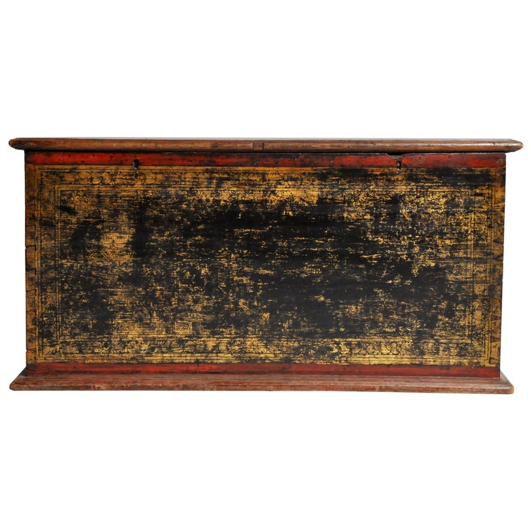 Burmese Manuscript Chest with Red Cinnabar Lacquer and Gold Leaf For Sale