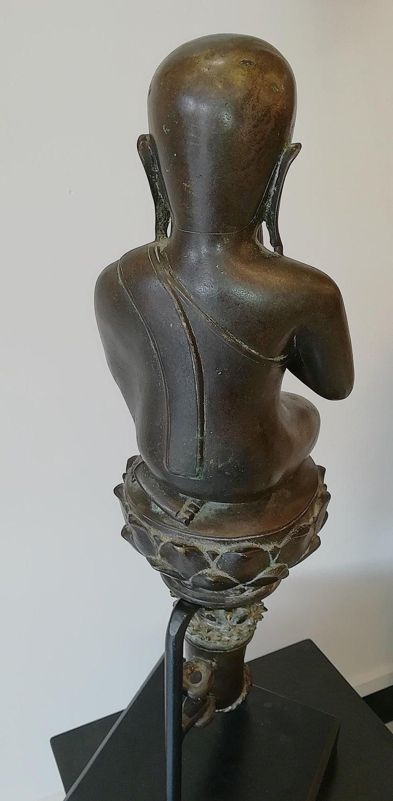 Burmese Monk in Bronze, 18th Century For Sale 6