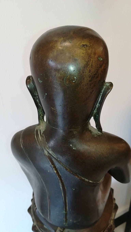 Burmese Monk in Bronze, 18th Century For Sale 7