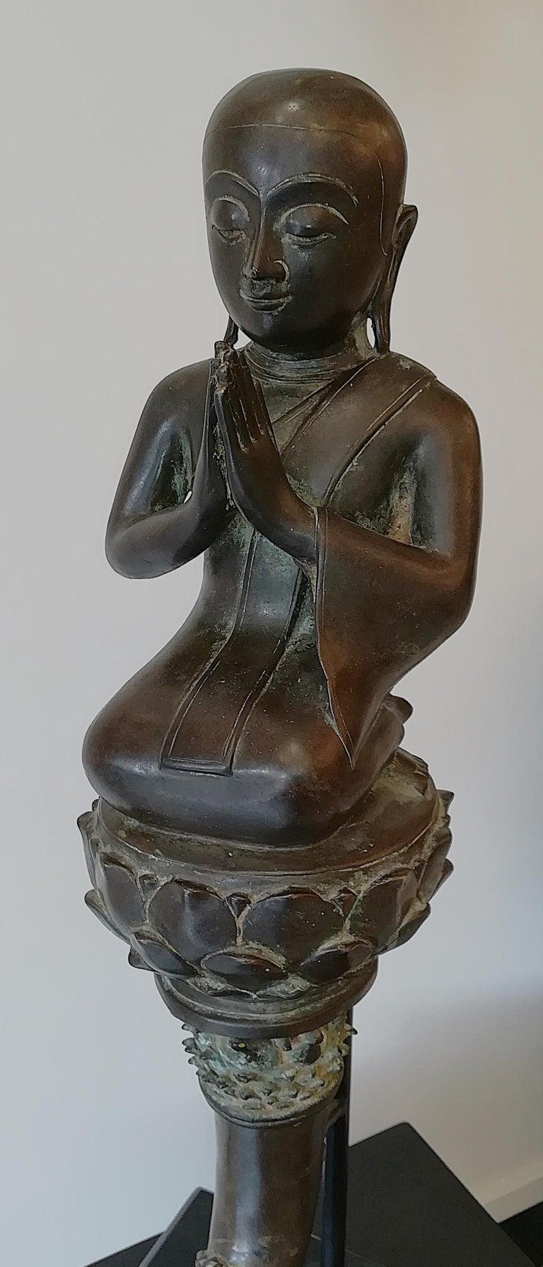 Burmese Monk in Bronze, 18th Century For Sale 11