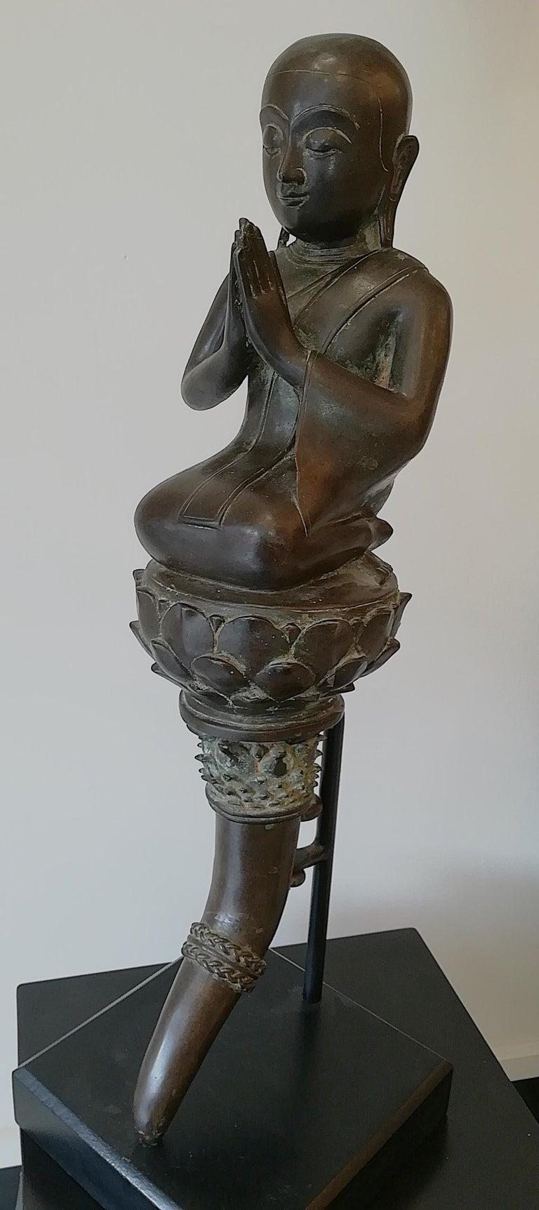 Burmese Monk in Bronze, 18th Century For Sale 12