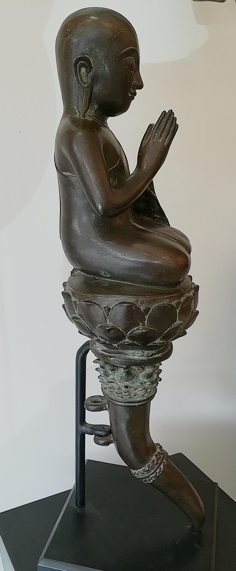 Burmese Monk in Bronze, 18th Century For Sale 2