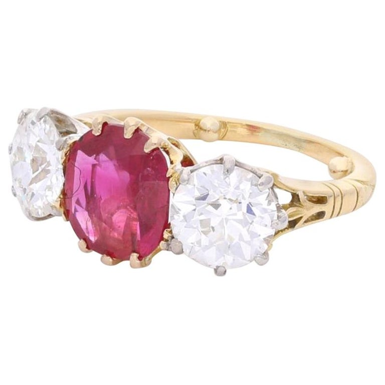 Burmese Ruby and Old Cut Diamond Three-Stone Ring in Yellow Gold, circa 1950s For Sale