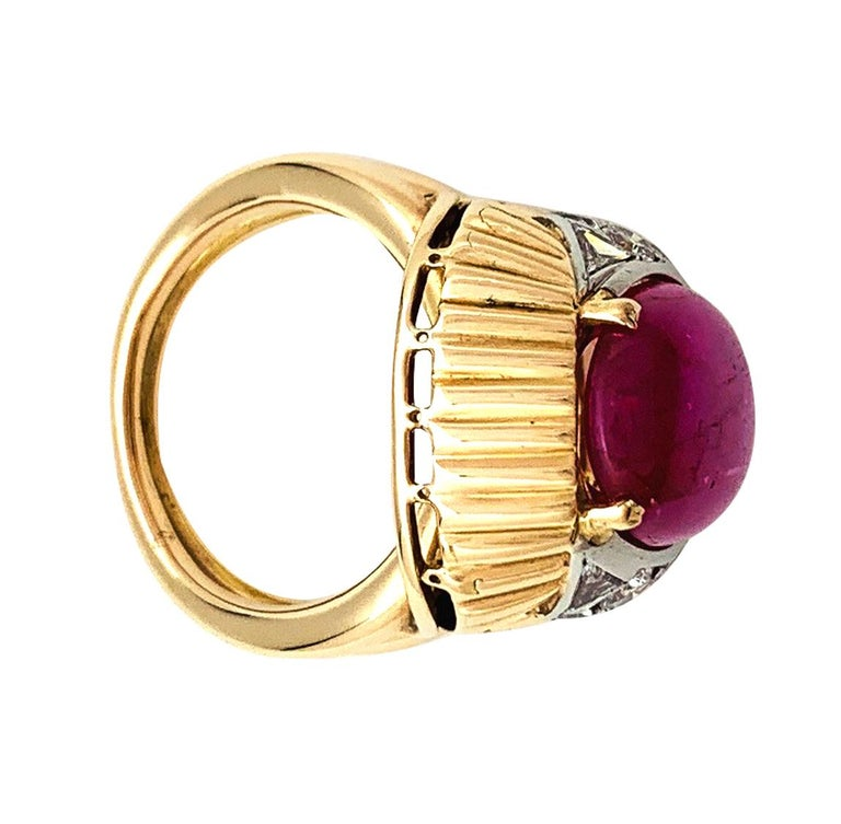 Burmese Ruby Cabochon on a 1950s Cocktail Ring For Sale 1
