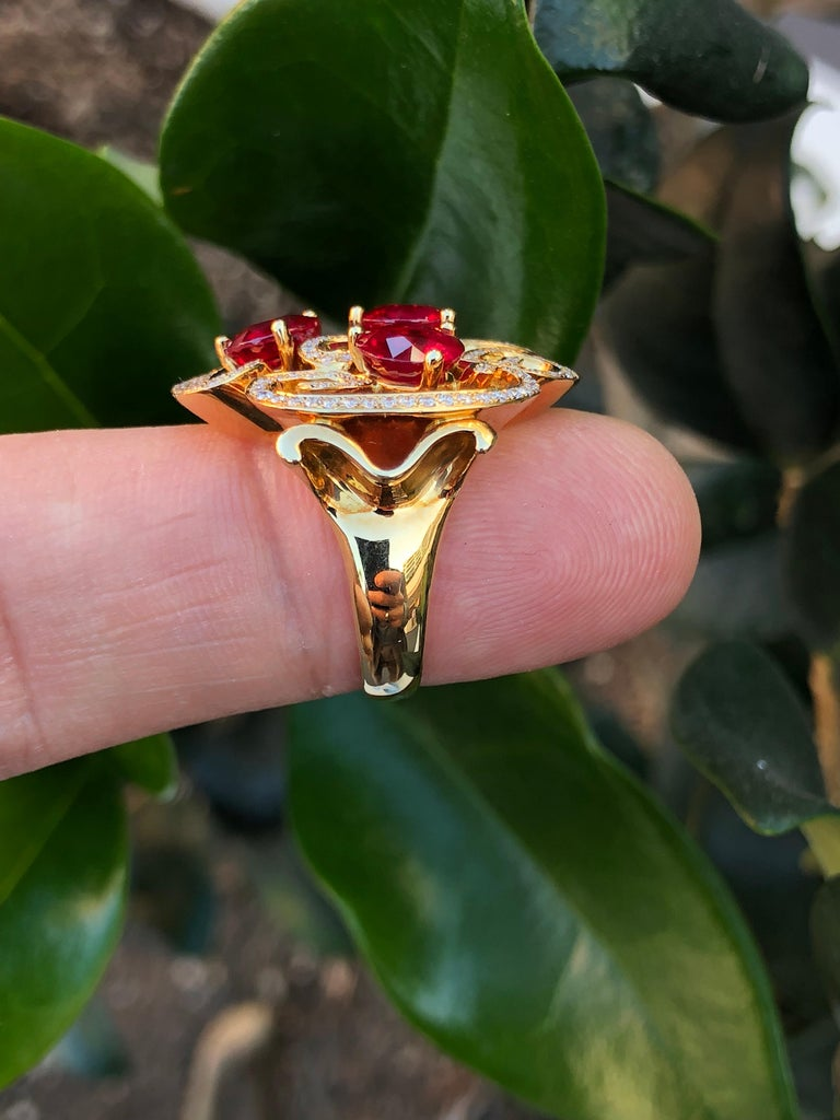 Burma Ruby Ring 3.82 Carats In New Condition For Sale In Beverly Hills, CA