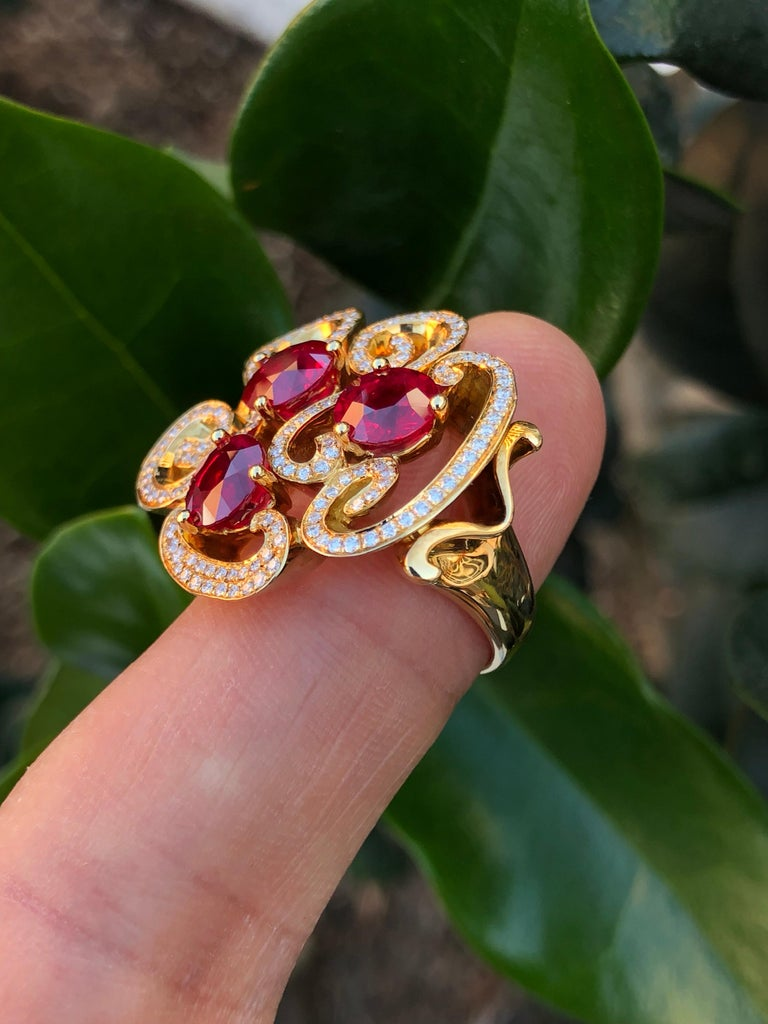 Burma Ruby Ring 3.82 Carats For Sale 3