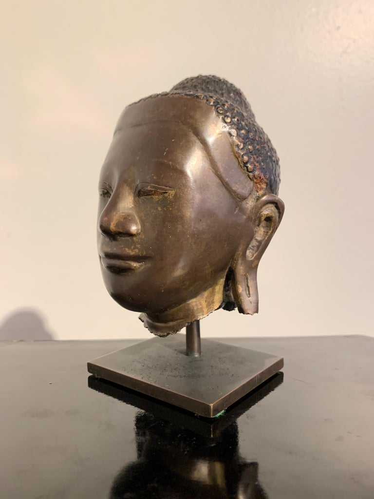 Burmese Small Bronze Mounted Head of the Buddha, Mandalay Period, 19th Century  For Sale 2