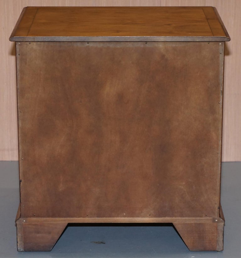 Burr Yew Wood Chest of Drawers Butlers Leather Serving Tray Large Side Table For Sale 3