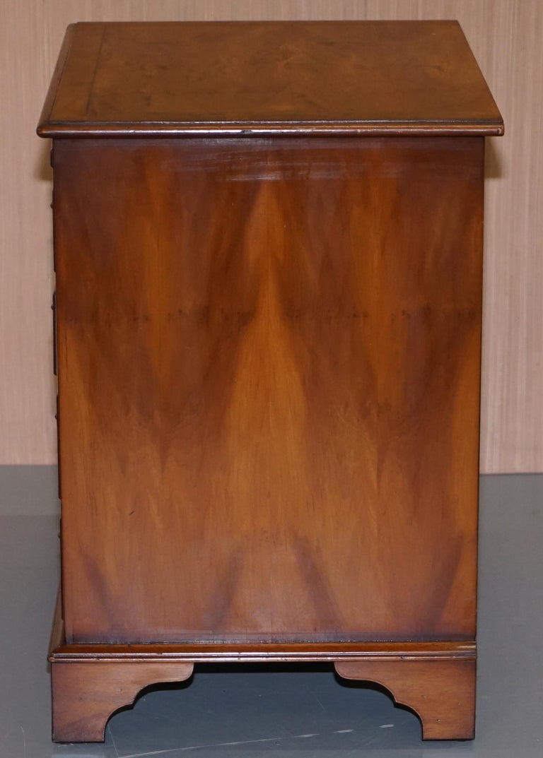 Burr Yew Wood Chest of Drawers Butlers Leather Serving Tray Large Side Table For Sale 4