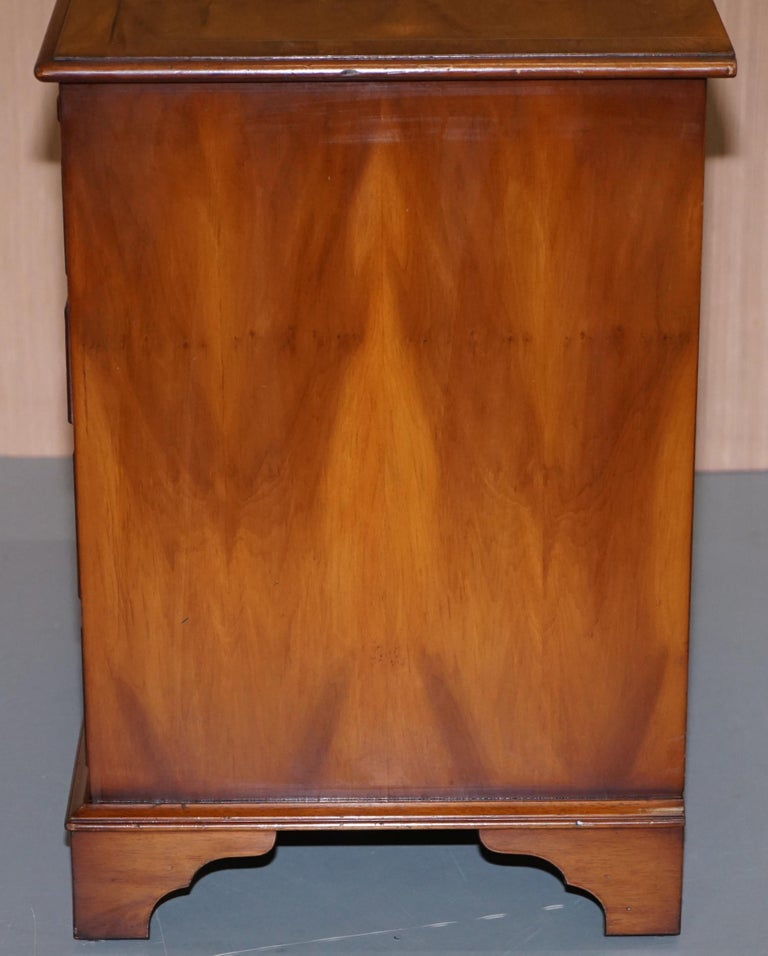 Burr Yew Wood Chest of Drawers Butlers Leather Serving Tray Large Side Table For Sale 6