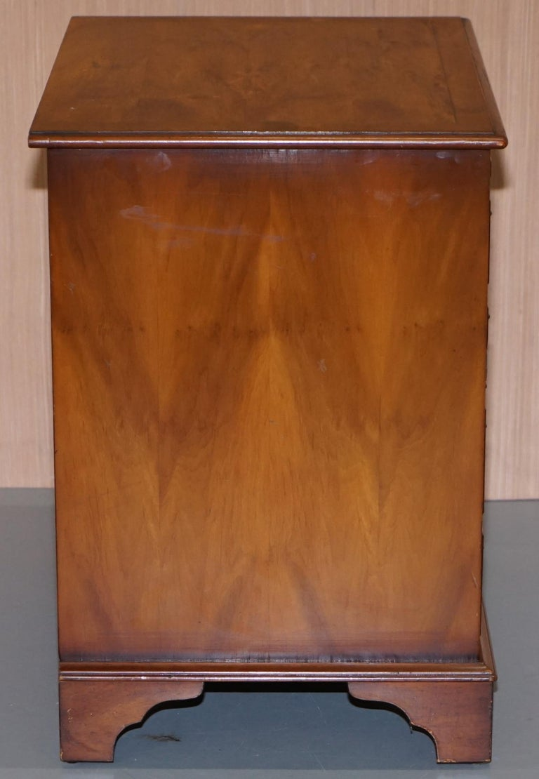 Burr Yew Wood Chest of Drawers Butlers Leather Serving Tray Large Side Table For Sale 2