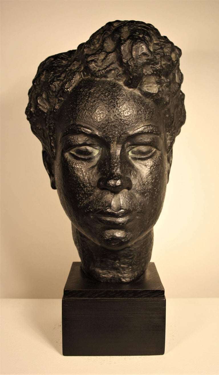 Rare sculpture in black patinated terracotta by Marguerite Acarin (1904-1999) signed with her artist name Akarova.