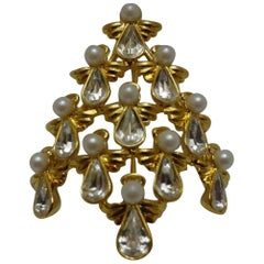 Butler Wilson Designer BW Faux Diamond Pearl Angel Christmas Tree Brooch Pin
