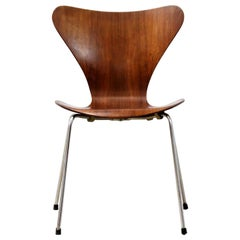 Butterfly Chair by Arne Jacobsen, Fritz Hansen Model 3107, Denmark, 1964