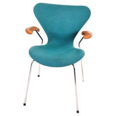 Butterfly Series 7 with Armrests by Arne Jacobsen for Fritz Hansen