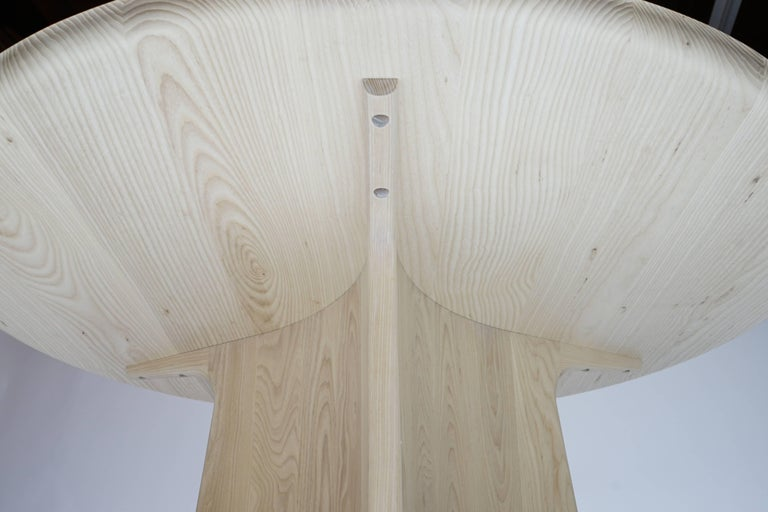 Button Round Pedestal Dining Table in Bleached Solid Ash In New Condition For Sale In San Francisco, CA