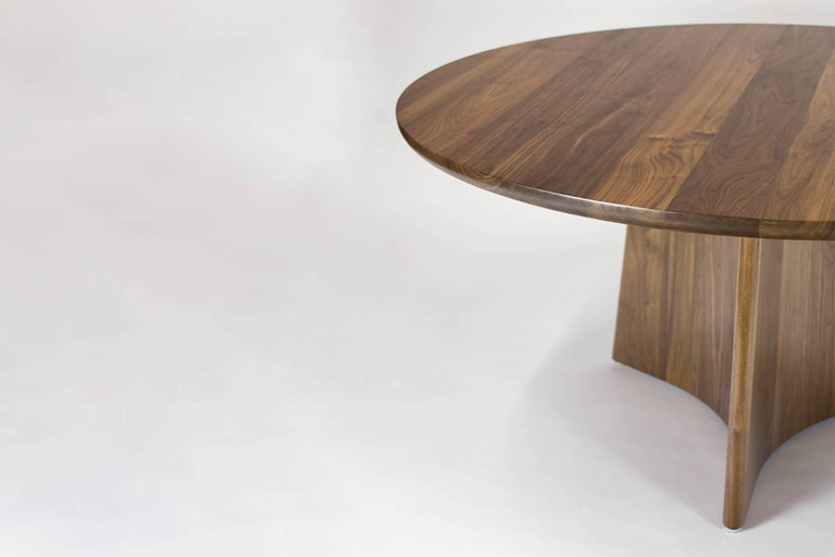 Button Round Pedestal Dining Table in Bleached Solid Ash For Sale 3