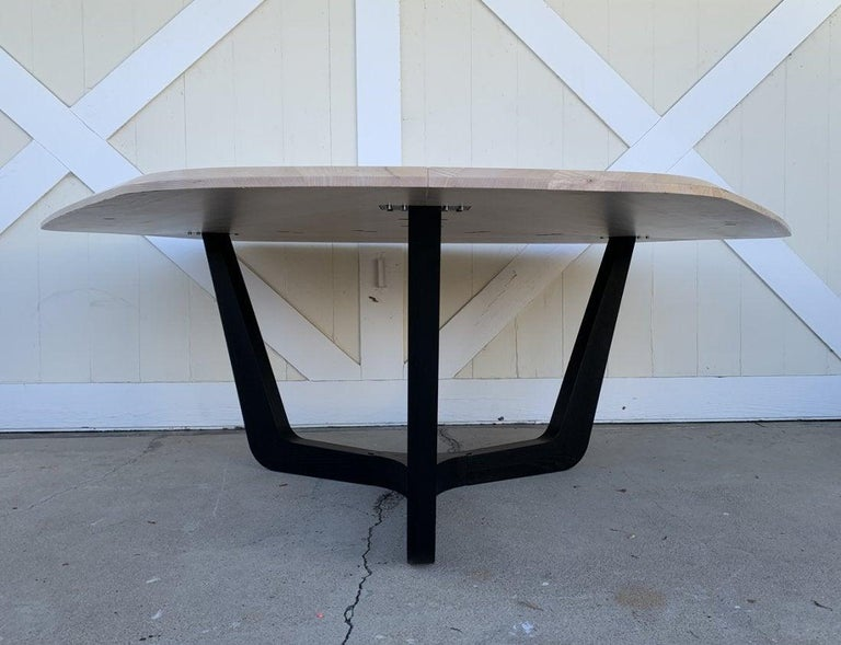 Buzzi Trihex Dining/Conference Table by Buzzi Space In Good Condition For Sale In Los Angeles, CA