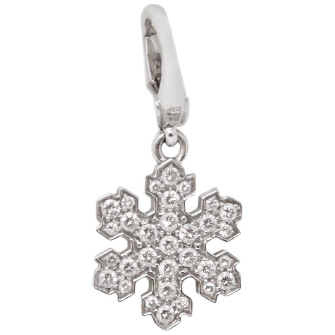 Bvlgari 18 Karat White Gold Snowflake Pendant Charm