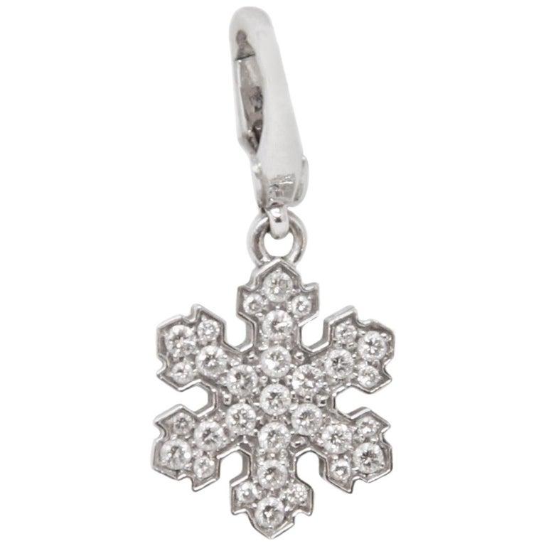 Bvlgari 18 Karat White Gold Snowflake Pendant Charm For Sale