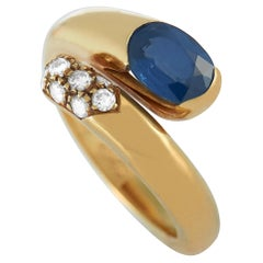 Bvlgari 18 Karat Yellow Gold 0.20 Carat Diamond and Sapphire Snake Ring