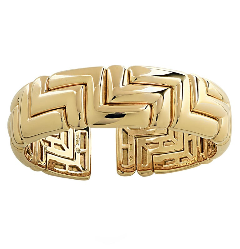 Women's or Men's Bvlgari 18 Karat Yellow Gold Cuff Bangle Bracelet For Sale