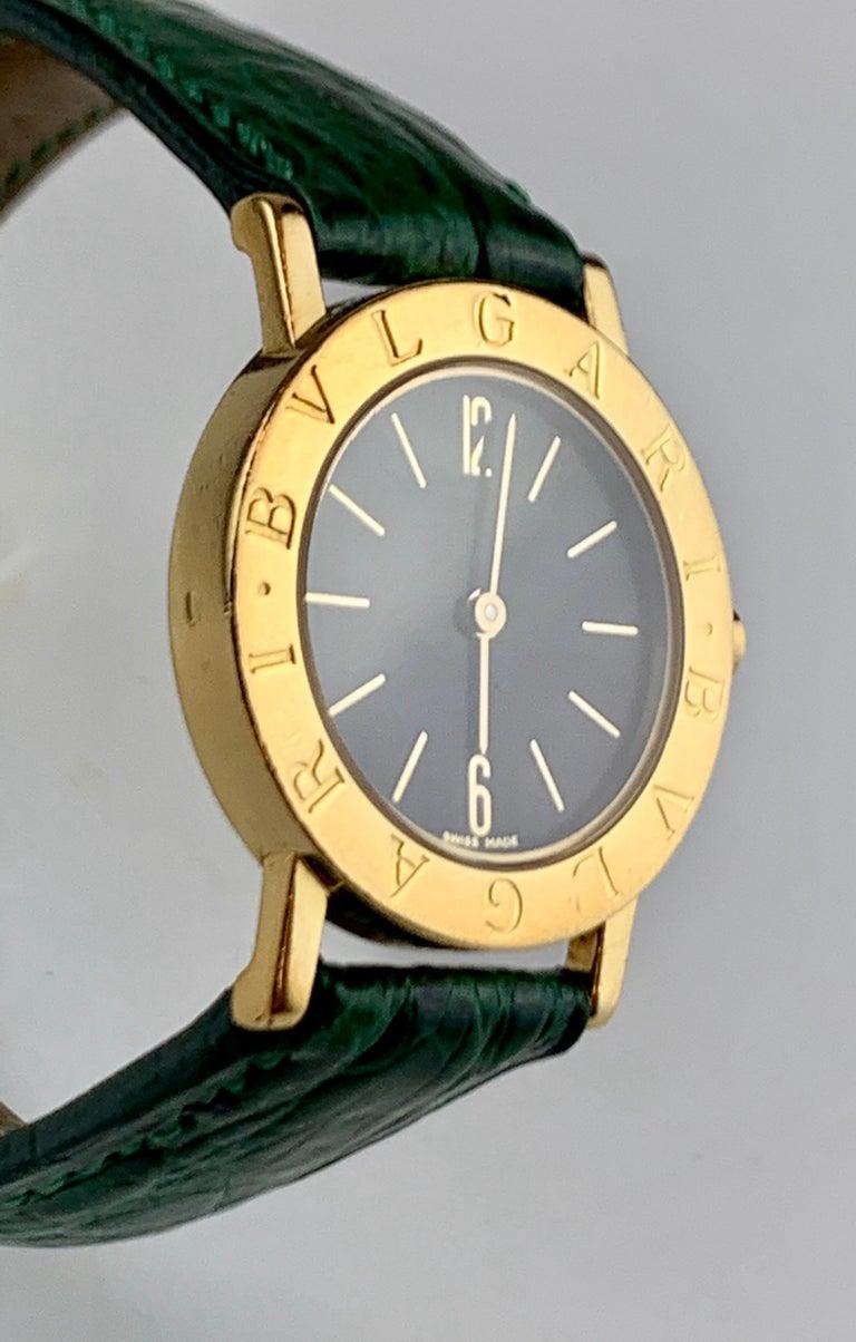 Modern Bvlgari 18 Karat Gold BB 26 GL Watch For Sale