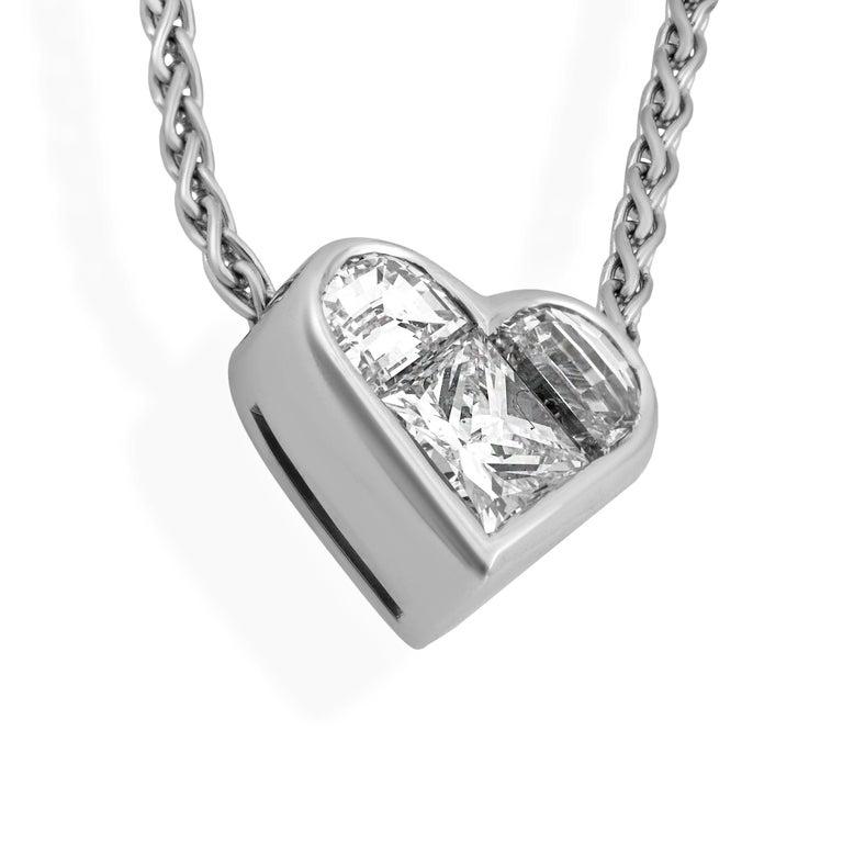 Women's Bvlgari 18 Karat White Gold Diamond Heart Necklace For Sale
