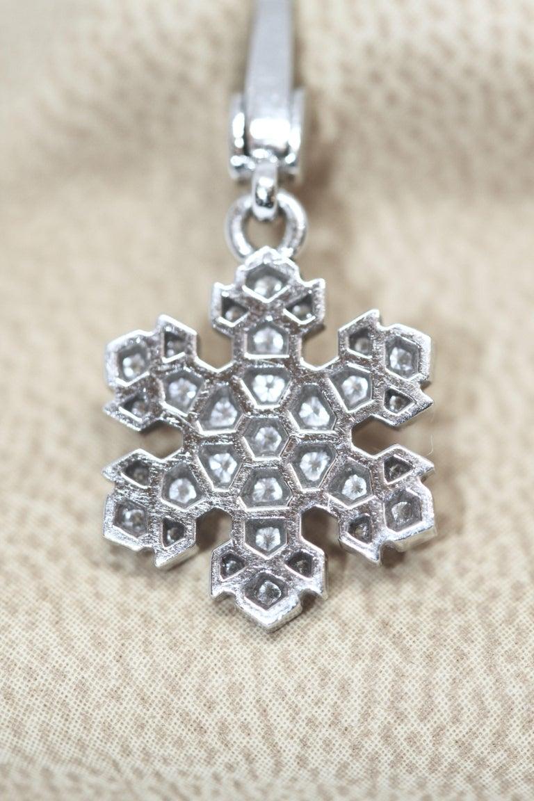 Brilliant Cut Bvlgari 18 Karat White Gold Snowflake Pendant Charm For Sale