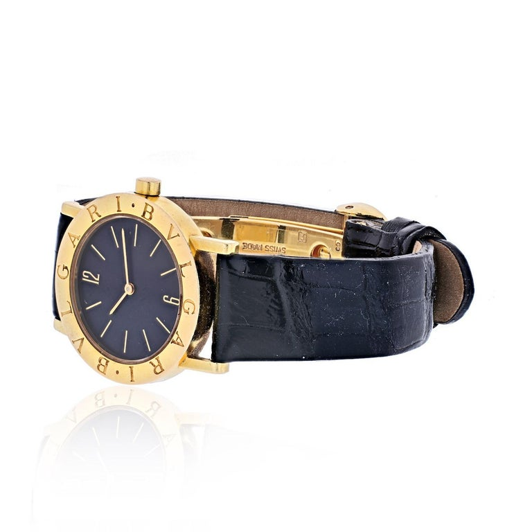Bvlgari 18K Yellow Gold Diagono Unisex Watch On A Leather Strap. Model: BB30GL. Black Stick Dial. Adjustable. Wrist Size 6 to 7 inches. New strap.