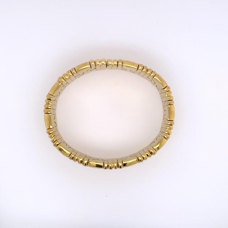 Contemporary Bvlgari Classic Parentesi 18k Yellow Gold Bracelet For Sale