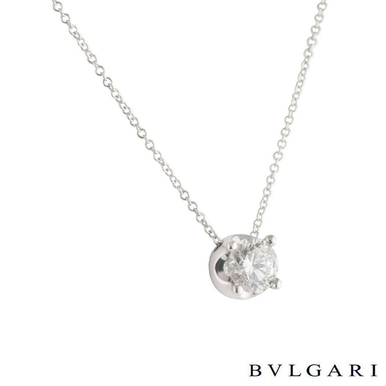 A stunning 18k white gold Bvlgari diamond necklace from the corona collection. The necklace comprises of a round brilliant cut diamond in a raised four claw setting, with a weight of 1.02ct, H colour and IF clarity. The diamond scores an excellent