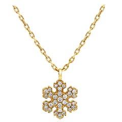 Bvlgari Fiocco di Neve Snowflake 18K Yellow Gold Diamond Charm Pendant Necklace