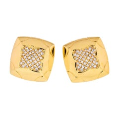 Bvlgari Gold & Pavé Diamonds Large Pyramid Stud Earrings 18 K Yellow Gold