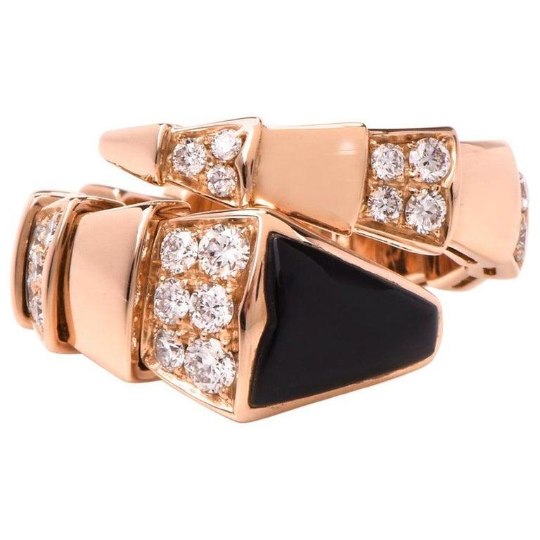 Bvlgari Serpenti Diamond Onyx 18 Karat Rose Gold Ring In Excellent Condition For Sale In Miami, FL