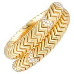 Bvlgari Spiga 18 Karat Yellow Gold Diamond Pave Bangle Bracelet
